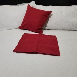 Mernette Pack of 2 Red Throw Pillow Cover